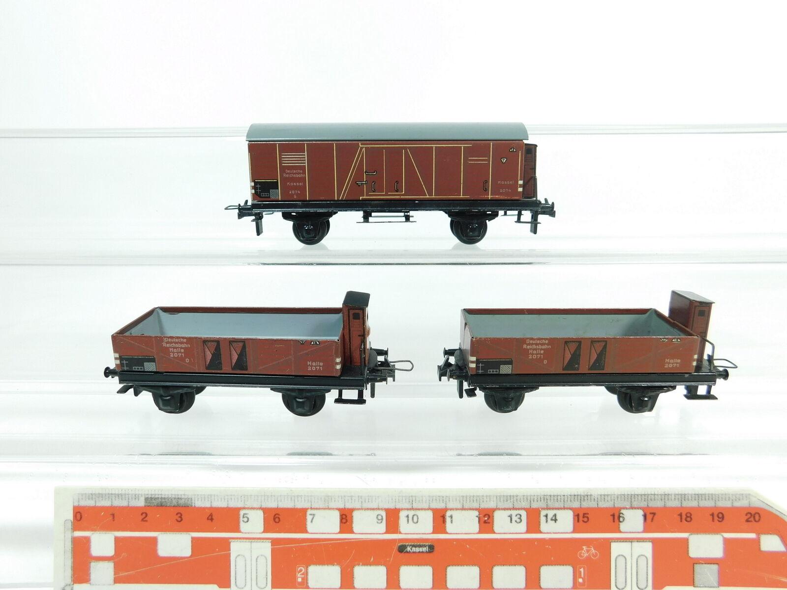 BC929-0,5x Trix Express H0 DC Güterwagen DRG  2071 Halle + 2074 Kassel
