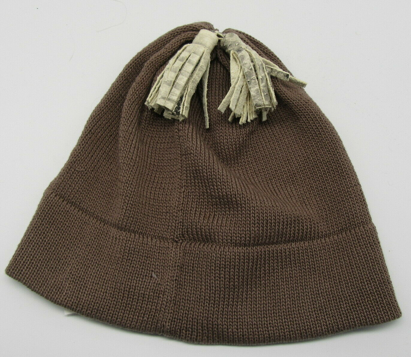 PATRICIA UNDERWOOD KNITS taupe beanie hat with ta… - image 1