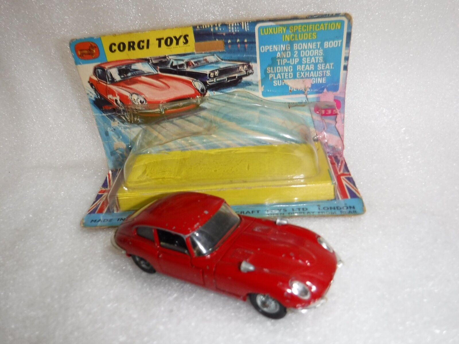 Corgi 335  , 4.2 Litre Jaguar E Type 2 2 , Original Box