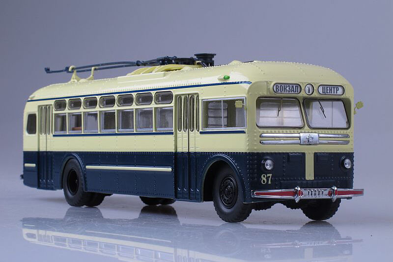 MTB-82D USSR trolleybus  1 43 Start Scale Models SSM4003