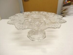 Image Is Loading Vintage Small Pressed Gl Pedestal Stand Pee Cake