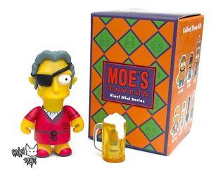 Kidrobot Simpsons Moe/'s Tavern DR TAD WINSLOW Vinyl Minifigure
