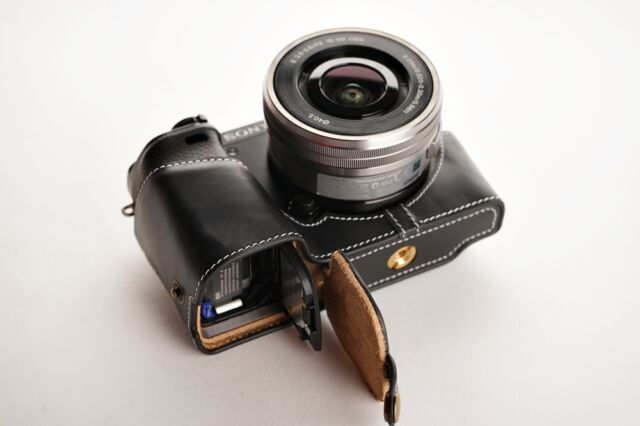 Handmade Genuine real Leather Half Camera Case bag cover for Sony A6000 Black