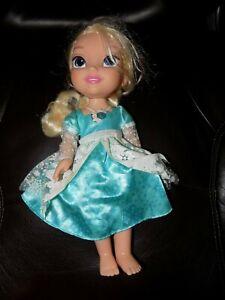 8ac9943c12 A imagem está carregando Disney-Singing-Elsa-Frozen -Animator-Toddler-16-inch-