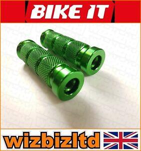 Dos-Moto-Base-Clavijas-para-Estriberas-12mm-Moleteado-Anodizado-Verde-FOOT12GN