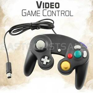 Black-Video-Game-Pad-Controller-Remote-For-Nintendo-Wii-GameCube-System