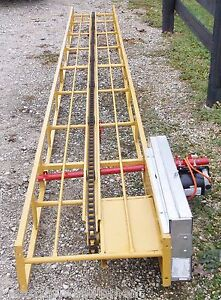 NEW-16-FT-SQUARE-HAY-BALE-ELEVATOR-WITH-NEW-ELECTRIC-MOTOR-We-Ship-Cheap