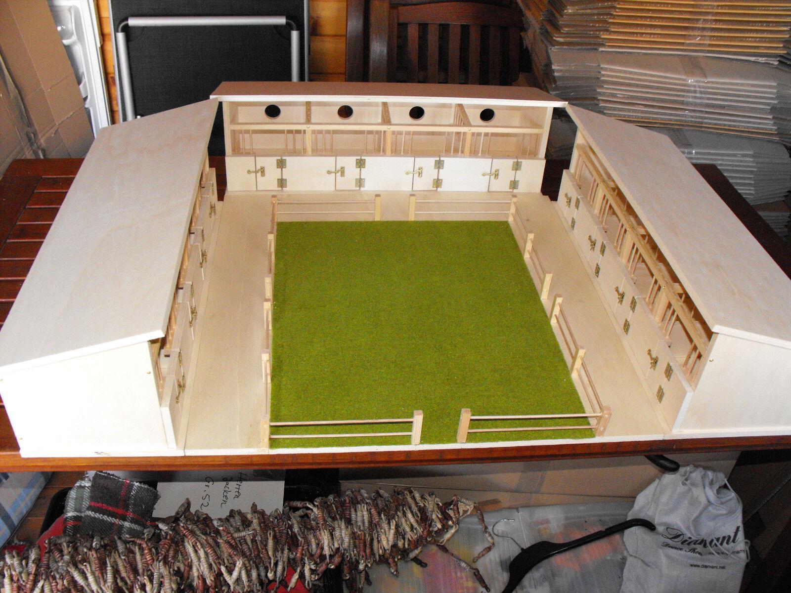 Komplett-Set  3 Pferdeställe mit Boxen und Reitplatz für u.a. Schleich-Pferde