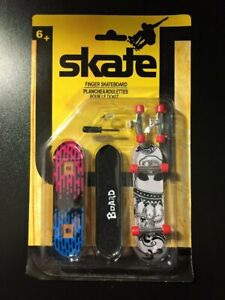 Skate Finger Skateboard Set of 2 Boards With Tools And Extra Trucks Tech Deck