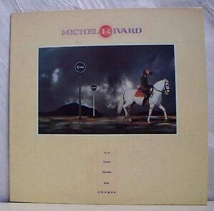 33-tours-MICHEL-RIVARD-Disk-LP-12-034-A-HOLE-DANS-LES-NUAGES-EPM-1029-RARE