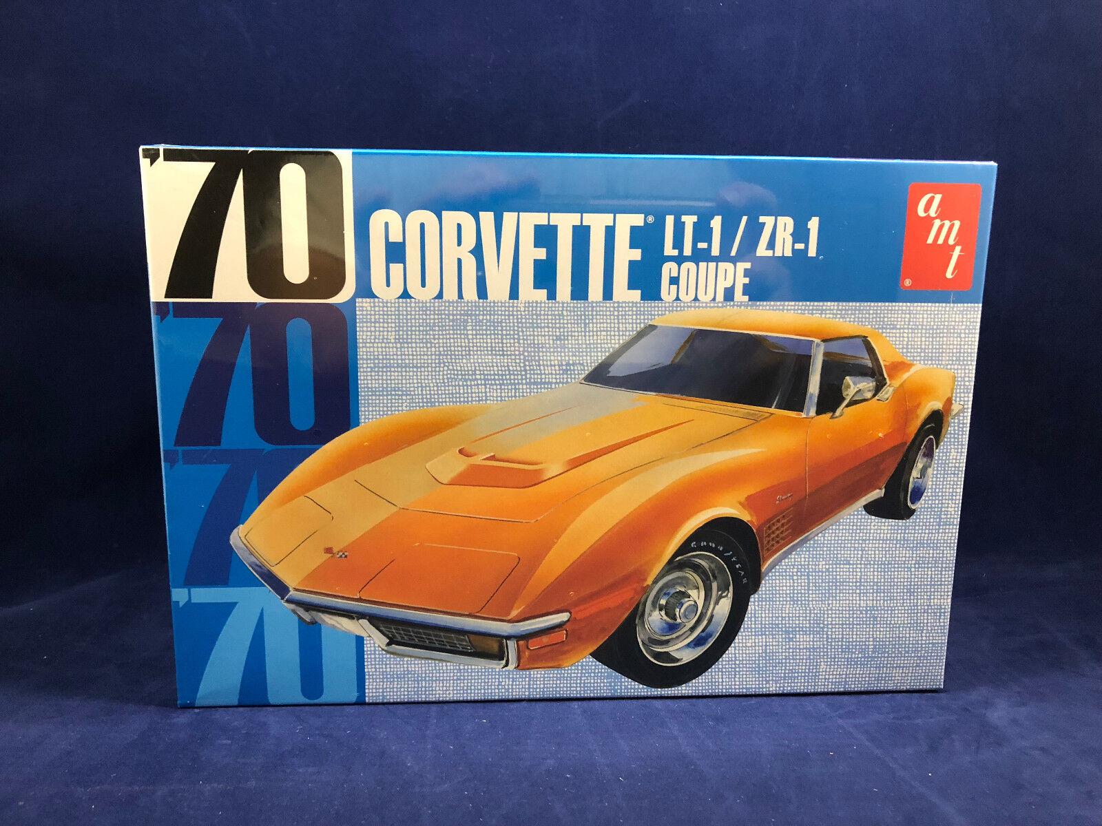 AMT 1970 Chevy Corvette LT-1 ZR-1 Coupe 1 25 Scale Plastic Model Kit 1097 NIB