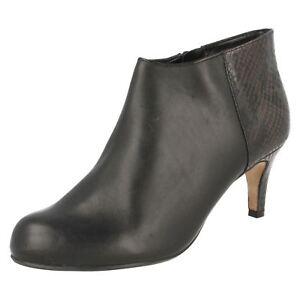 Black Clarks Ladies Heeled Fitting D Leather Ankle Smart Flirt Boots Arista 6EqdqHrWn