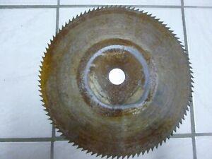 Lame de scie circulaire pour bois diamètre 400 mm trou central 40 mm  ep. 2 mm