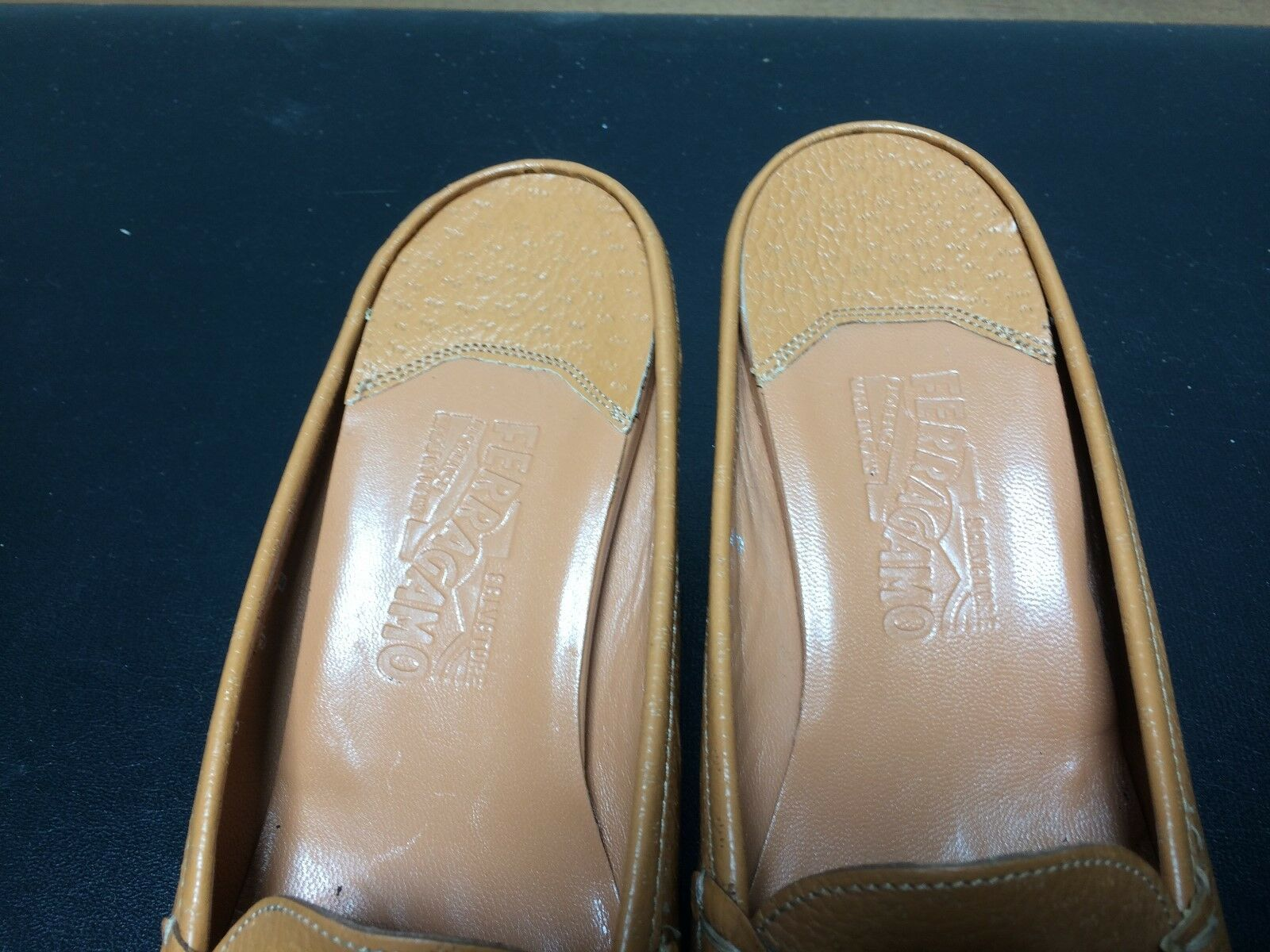 Ferragamo Sz 9 B Brown Pebbled Leather Mules Kitten Heels Heels Heels eb6b57