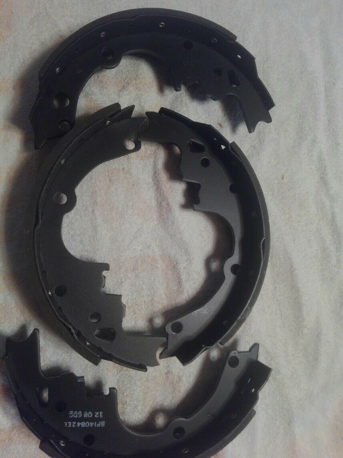 Raybestos 576PG Brake Pad or Shoe Rear-Professional Grade Brake Shoe