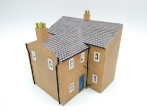 Bachmann-Branchline-44-200-Rear-of-Terraced-Houses-OO-HO-Mint-Condition