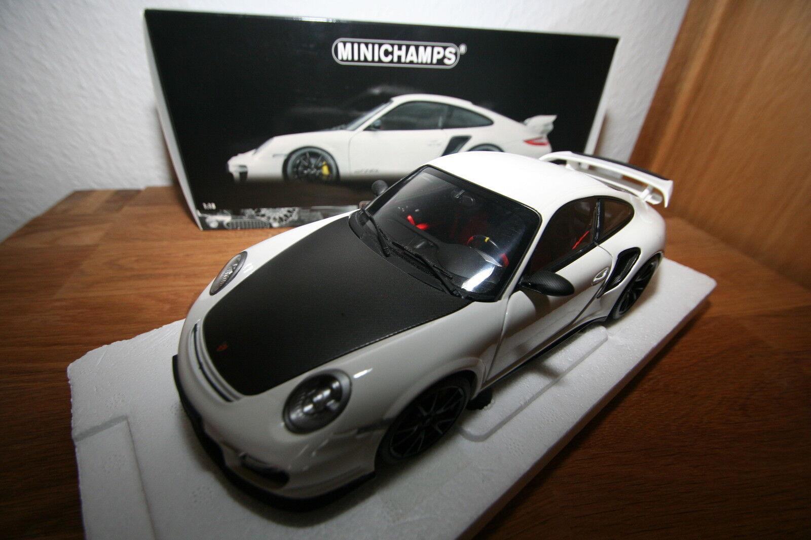 Minichamps 1 18 100069405 100069405 100069405 Porsche 911 GT2 RS 2011 white black mit blacken Fel 04abe9
