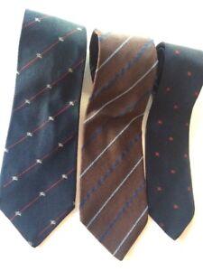 3-Burberrys-London-da-uomo-vintage-tie-Designer-di-lusso-formale-cravatta-seta-cavaliere-ITA