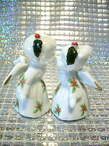 *SUPER RARE*  VTG Christmas Kissing Angels Boy Girl Holly Gold Trim Figurine Set