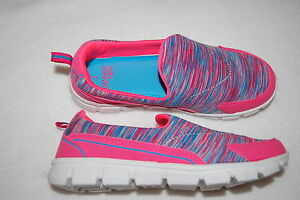 Girls-PINK-BLUE-CASUAL-SLIP-ON-SHOES-Athletic-FABRIC-Lt-Weight-12-13-1-2-3-4-5-6