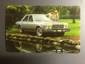 1970s-Chrysler-LeBaron-Medallion-4-Door-Sedan-Postcard-Post-Card-RARE-Awesome