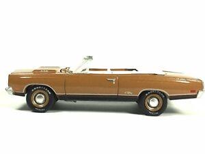 Greenlight-Barrett-Jackson-Auction-Block-1969-69-Plymouth-GTX-Convertible-Loose