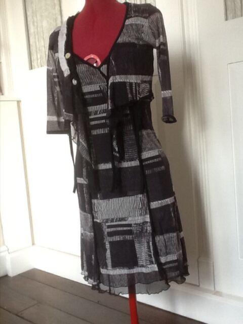 French Design Cocomenthe knee Length Dress & Jacket Black/Grey  Size 8/10