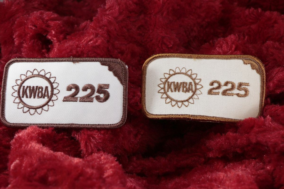 Lot of 2 KWBA BOWLING PATCHES 225 GAME score State of Kansas Brown color RETRO