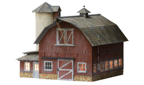 WOODLAND SCENICS O SCALE LIGHTED OLD WEATHERED BARN BUILT /& READY gauge WDS5865
