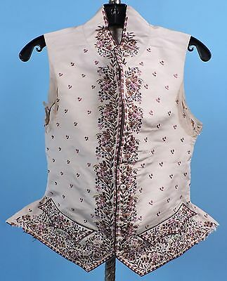 18TH C MEN'S HAND EMBROIDERED FLORAL WAIST COAT W FLARE POINT SIDES