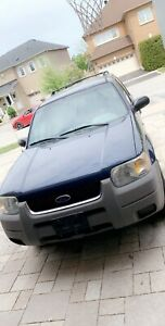 2002 Ford Escape AWD ( LOW KM )