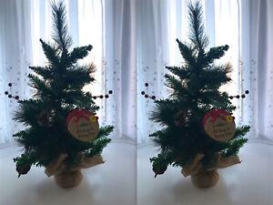 2-x-Wilko-2-039-Alberi-Di-Natale-Con-Coni-amp-Frutti-di-bosco-con-base-di-tela-di-iuta