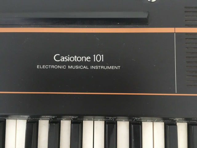 Synthesizer, Casio Casiotone 101, Super fed analog synth…