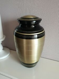 Beautiful-High-Quality-Large-Metal-Cremation-Ashes-Funeral-Urn-For-Adults