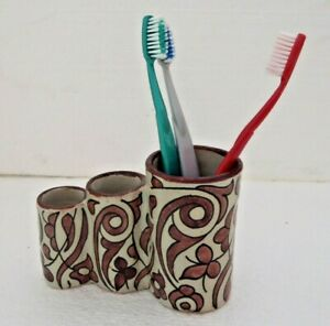 TRADITIONAL-HAND-PAINTED-CERAMIC-TOOTH-BRUSH-HOLDER-FES-POTTERY