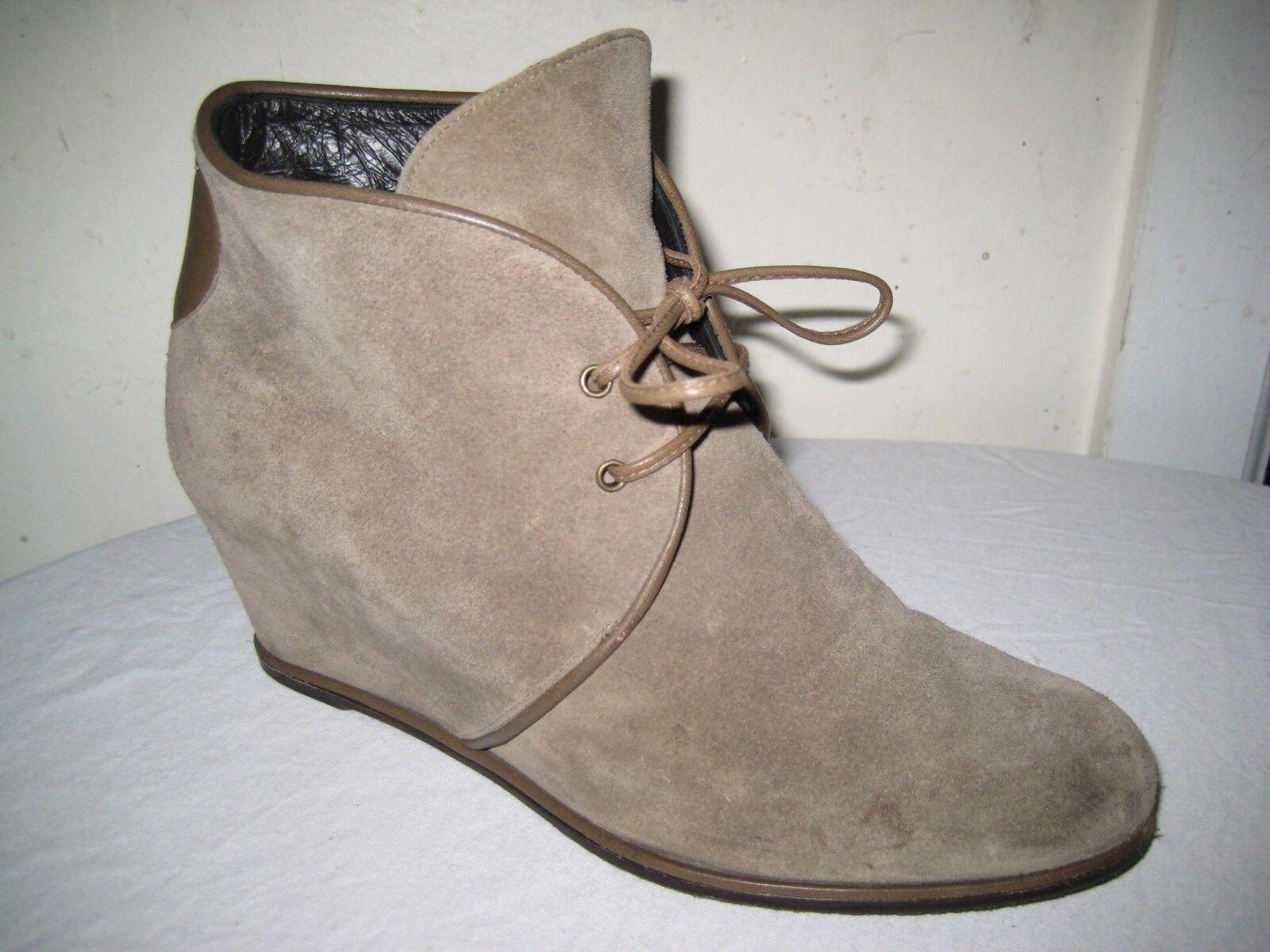 Stuart Weitzman Kalahari Hidden Wedge Suede Lace Up Boots shoes Size 9 M.