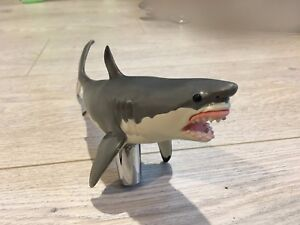 Grey-Shark-BAR-BEER-TAP-HANDLE-NEW-COLLECTIBLE-USA-ANTIQUE