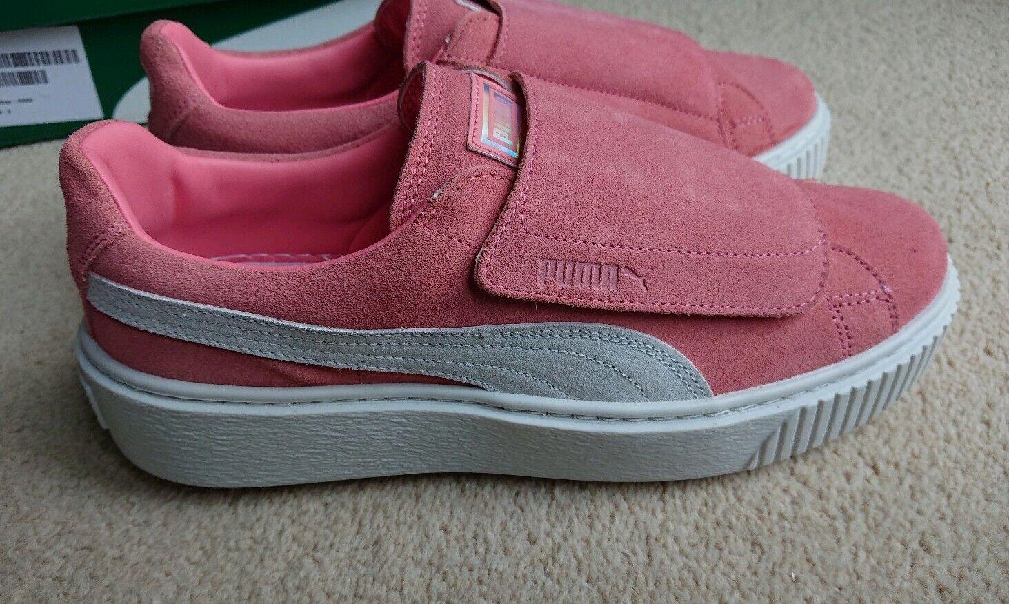 Puma Women's Suede Platform Core Ankle-High Fashion Sneaker SIZE 5