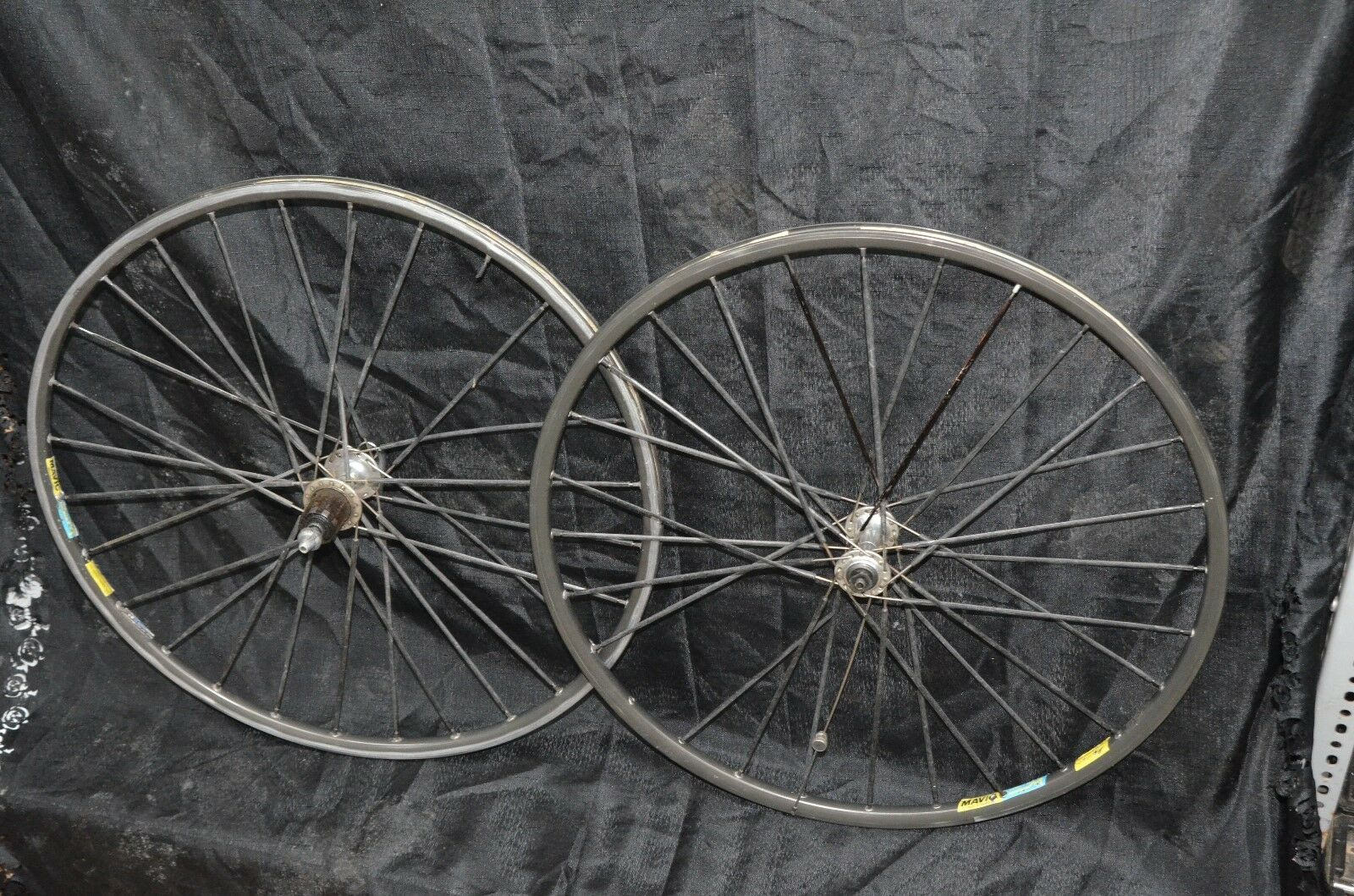 VINTAGE SHIMANO 600 MAVIC Open 4 CD  WHEEL SET 28 Flat Composite Spokes Bicycle