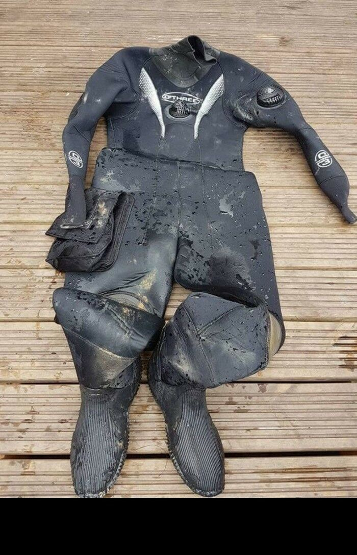 L@@K 0'THREE DRYSUIT DIVING VGC HARDLY USED SEE ALL DIVING ITEMS FOR SALE