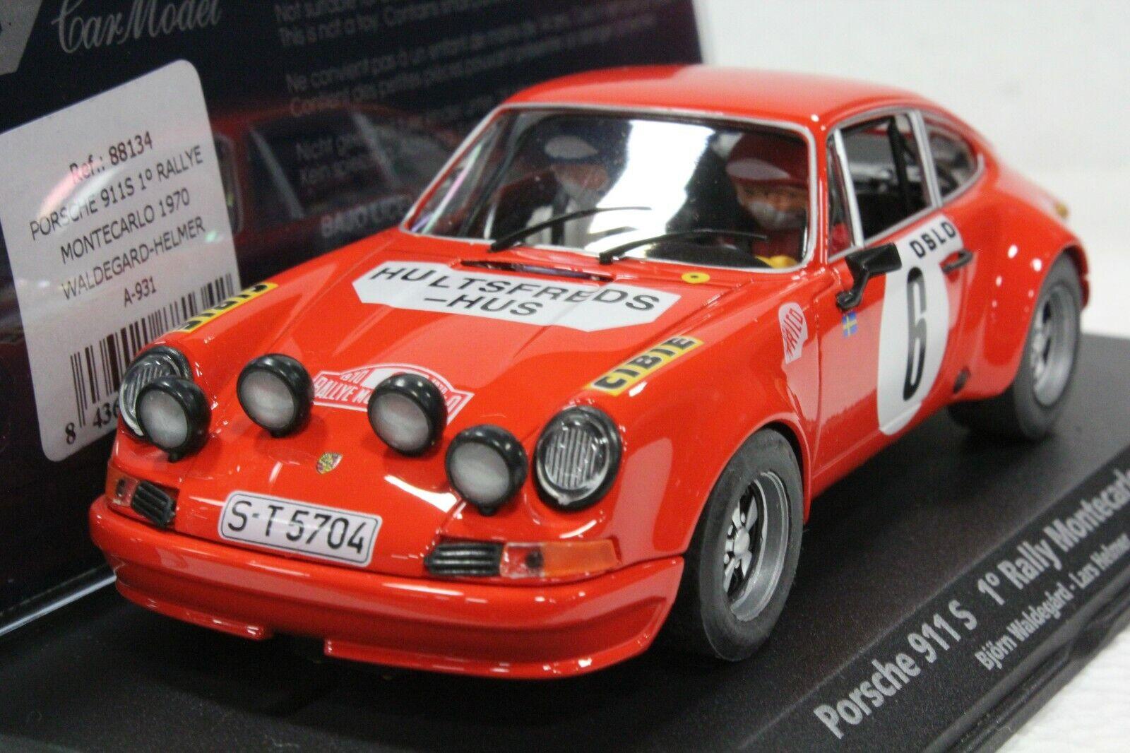 Vuelo a931 a931 a931 Porsche 911s rally Monte Cochelo 1970,   32 en el armario de exhibición c38