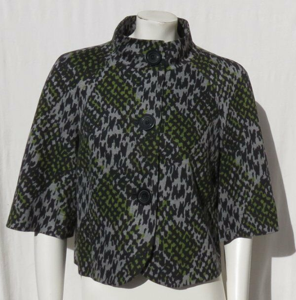 bf0fcbc00c5 $368 TRINA TURK USA Gray Print Shiro Stretch Ponte Knit Crop Jacket Top sz  8 EUC