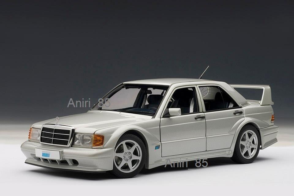 1:18 Autoart 76133 Mercedes-Benz 190e 2.5-16v evo2 w201 Argento Nuovo & Scatola Originale Rarità