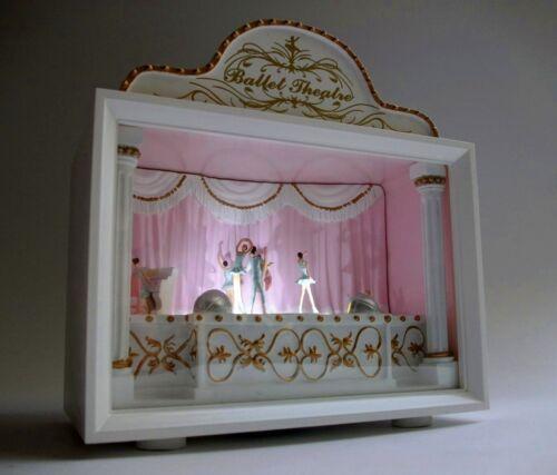 Spieluhr Theater Ballett LED Licht Schwanensee Ballerina swan lake Spieldose