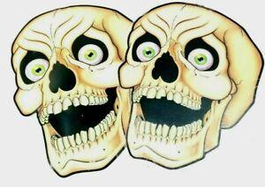 2-Beistle-Halloween-16-034-Nite-Glo-Skulls-Wall-Decoration-1988-Vintage