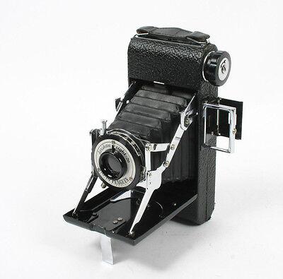 Vintage Camera Kershaw KING PENGUIN Eight - Twenty - Eight 20 Folding Camera