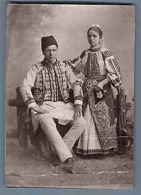 Romania, Romanian Traditional Costume  Vintage albumen print. Costume de Roumani