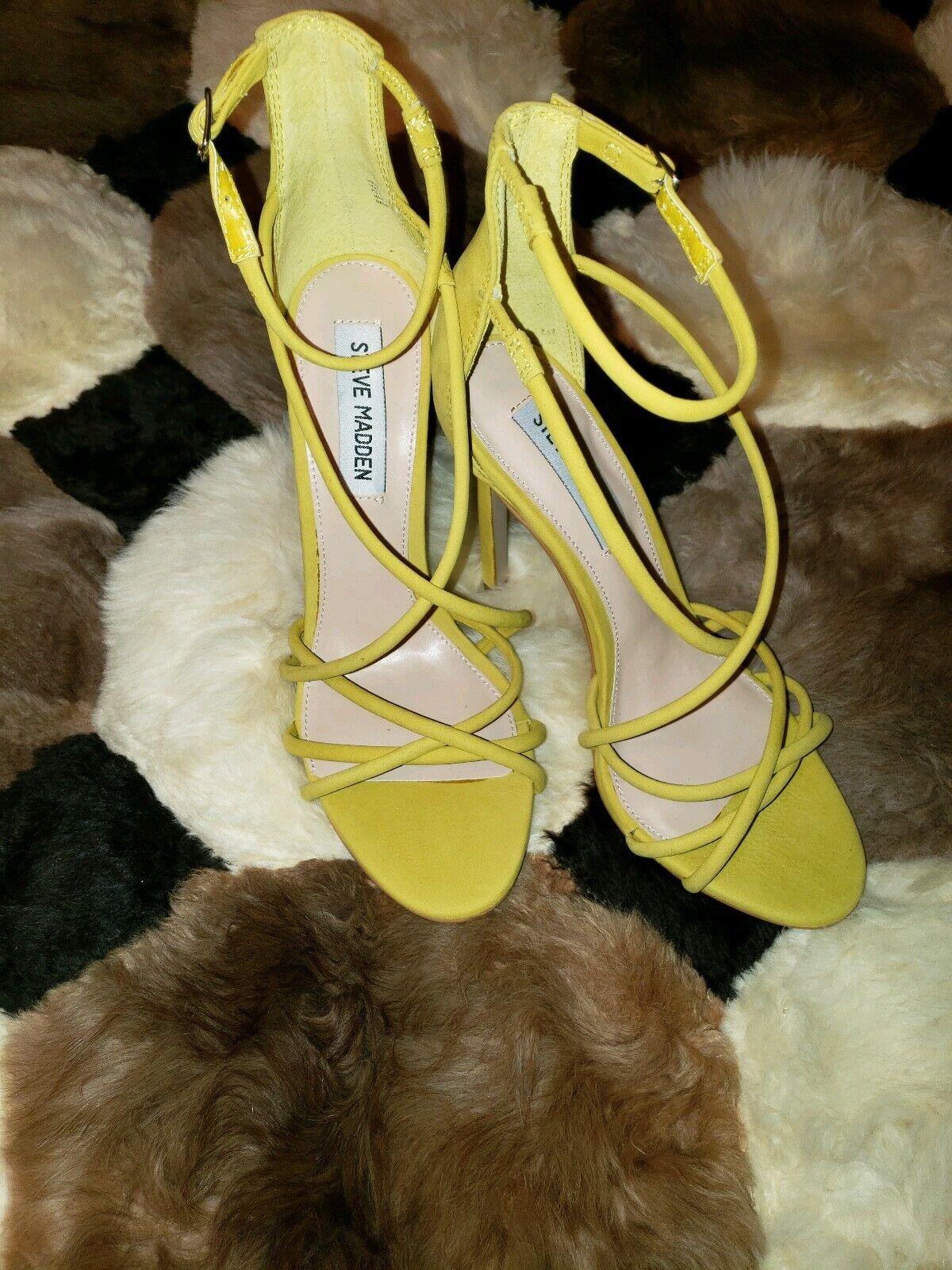 Steve Madden Strapped 7 1 2 Heels Yellow Nubuck 7.5 stiletto