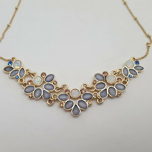 Gold-Tone-Rhinestone-amp-Cabochon-Necklace