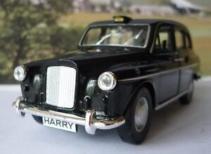 PERSONALISED PLATES Gift Black London TAXI CAB Boy Dad Toy Car Model Present Box